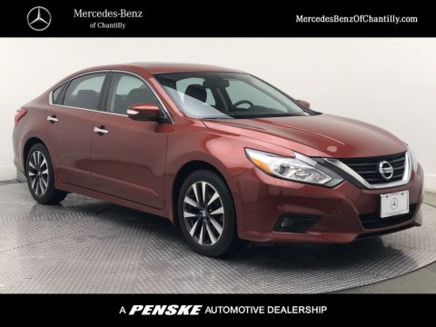 Pre-Owned 2016 Nissan Altima 4dr Sedan I4 2.5 SV